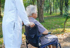 тяжелая деменция, маразм, старческое слабоумие, депрессия, гериатрическая клиника, центр реабилитации