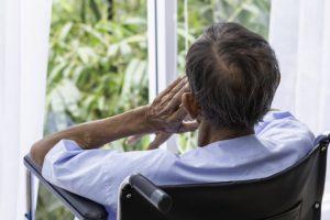 умеренная деменция, лечение психики, гериатрическая клиника для пожилых, симптомы деменции, маразм, слабоумие