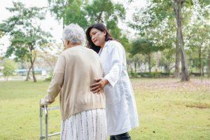 биполярное аффективное расстройство, дом престарелых, гериатрическая клиника, симптомы шизофрении, реабилитационные программы